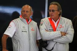 Ron Dennis, Presidente de McLaren y director del equipo y Mansour Ojeh, director comercial de TAG McLaren