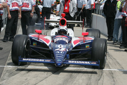 Vitor Meira pulls out to qualify