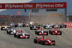 Start, Felipe Massa, Scuderia Ferrari, F2008, leads