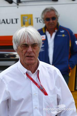 Bernie Ecclestone and Flavio Briatore, Renault F1 Team, Team Chief, Managing Director