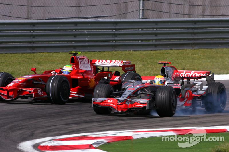 Lewis Hamilton, McLaren Mercedes overtakes Felipe Massa, Scuderia Ferrari