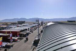 Miller Motorsports Park, paddock Est