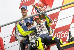Podium: 1. Valentino Rossi, 2. Jorge Lorenzo, 3. Colin Edwards