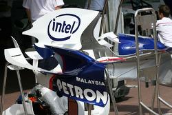BMW Sauber F1 Team, engine cover