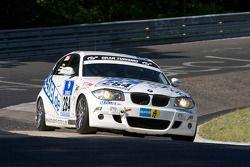 Motorsport Arena Oschersleben BMW 130i : Emin Akata, Jürgen Dinstühler, Niclas Känigsbauer