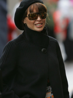 Danni Minogue, Singer