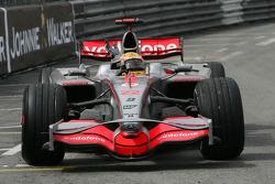 El ganador Lewis Hamilton, McLaren Mercedes, MP4-23