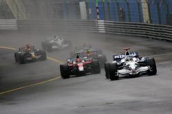 Nick Heidfeld, BMW Sauber F1 Team, Timo Glock, Toyota F1 Team