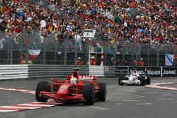 Felipe Massa, Scuderia Ferrari, F2008 lídera a Robert Kubica, BMW Sauber F1 Team