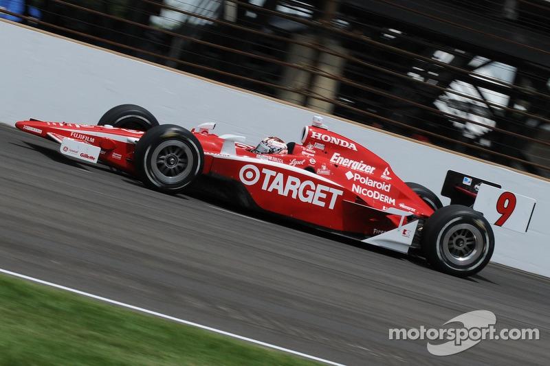 Среди действующих гонщиков рекорд по лидированию в Индианаполисе принадлежит победителю 2008 года Скотту Диксону. За карьеру он лидировал 434 круга