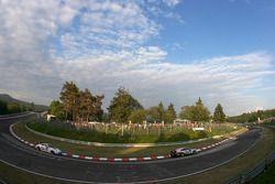 #46 AGON Motorsport Porsche 997 GT3 Cup: Jörn Schmidt-Staade, Stefan Peters, Michael Schaal, Andreas Eberhardt, #65 RJN Motorsport Nissan 350Z: Kurt Thiim, Holger Eckhardt