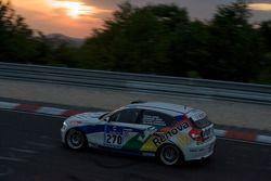 Marcos Racing International BMW 120d : Henri Zogalb, Ian James, Daniel Dror