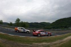 #37 Team RDM-Cargraphic-Racing Porsche 911 GT3 Cup: Hans Graf, Peter König, Steffen Schlichenheimer, Fred Scheunemann, #207 BMW M3 E46: Richard Gartner, Ray Stubber, Paul Stubber