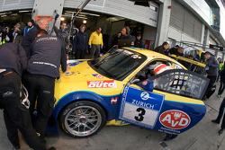 Pit stop for #3 Land-Motorsport PZ Aschaffenburg Porsche GT3 RSR: Marc Basseng, Johannes Stuck