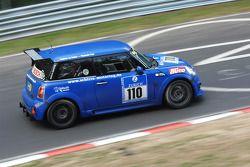 #110 Schirra Motoring BMW Mini Cooper S: Friedrich von Bohlen u. Hallbach, Bernhard Laber
