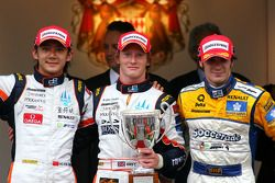 Podium: race winner Mike Conway, second place Ho-Pin Tung, third place Alvaro Parente