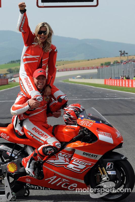Maddalena Corvaglia y Randy Mamola