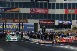 John Force (left), Ron Capps