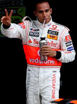 Ganador de la pole position Lewis Hamilton