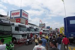 Ambiente de paddock circuito de Catalunya