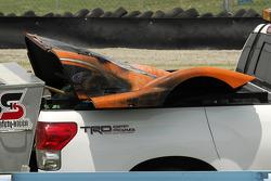 Burnt enginge cover of the #47 Doran Racing Ford Dallara: Richard Antinucci, Burt Frisselle, Gabriele Gardel