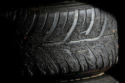 Worn Bridgestone lastiği