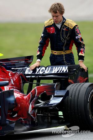 Problem for Sebastian Vettel, Scuderia Toro Rosso