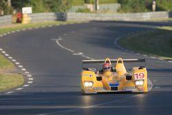 #19 Chamberlain-Synergy Motorsport Lola B06-10 AER: Bob Berridge, Gareth Evans, Amanda Stretton