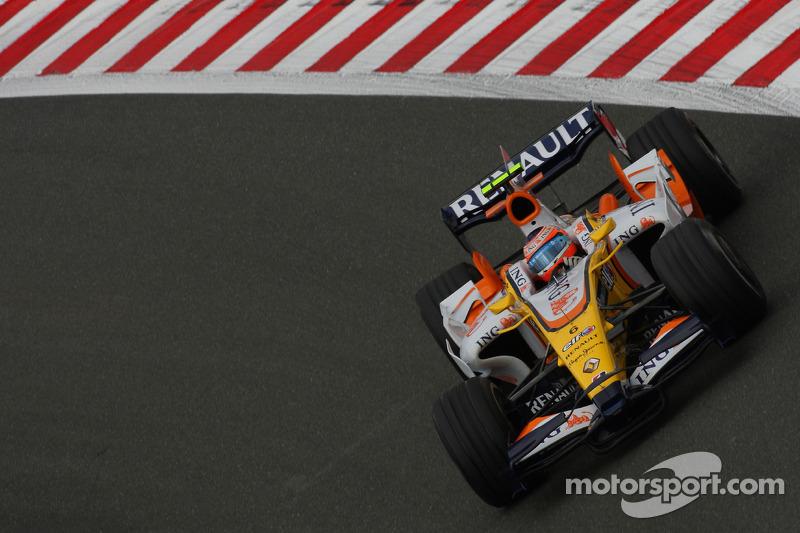 Брата Келли Пике еще не выгнали из Ф1 за аварию в Сингапуре