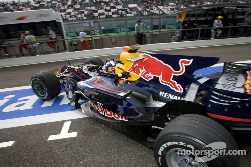 Дэвид Култхард в сезоне-2008 еще выступал в Формуле 1 и учил ездить Red Bull Racing