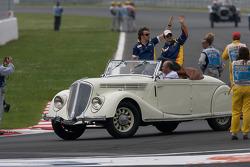 Фернандо Алонсо, Renault F1 Team и Нельсон Пике-мл., Renault F1 Team на параде пилотов