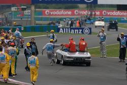 Desfile de pilotos: Felipe Massa, Scuderia Ferrari, Kimi Raikkonen, Scuderia Ferrari