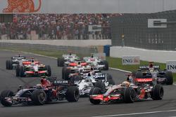 Start: Sebastian Vettel, Scuderia Toro Rosso, and Lewis Hamilton, McLaren Mercedes