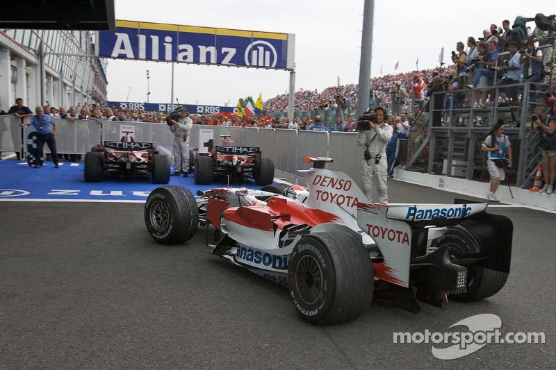 Jarno Trulli, Toyota Racing, enters Parc Fermé