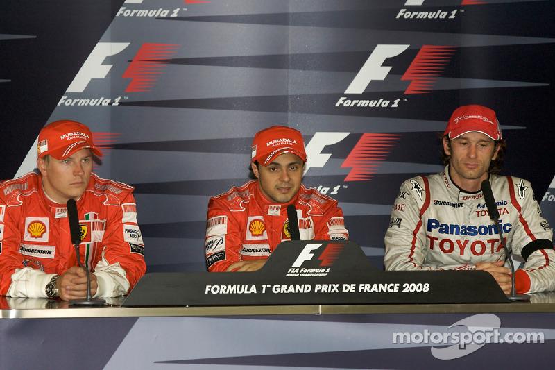 Massa liderou o mundial por duas vezes na carreira, se tornando o único brasileiro a conseguir a façanha após Ayrton Senna. Foi após os GPs da França de 2008 e da Malásia de 2010.