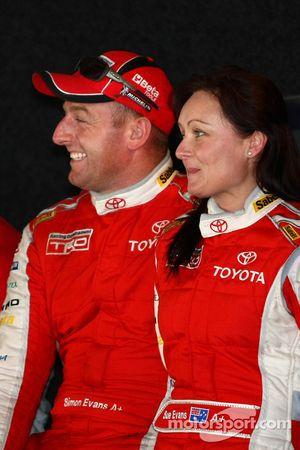 Simon Evans et Sue Evans