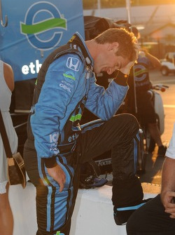 Ryan Hunter-Reay shows his disappointment