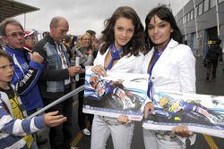 The lovely Yamaha girls