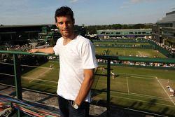 Mark Webber, Red Bull Racing se pasa el día en el torneo de tenis de Wimbledon