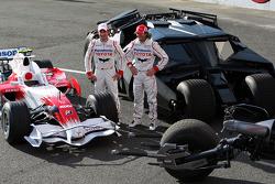 Timo Glock, Toyota F1 Team ve Jarno Trulli, Toyota Racing ve F1 Cari batmobile ve batbike