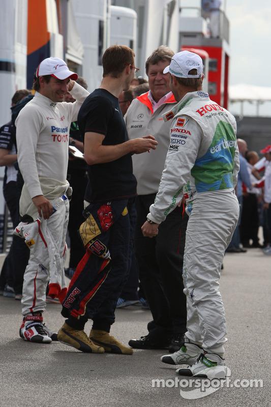 Rubens Barrichello, Honda Racing F1 Team, Sébastien Bourdais, Scuderia Toro Rosso, Timo Glock, Toyota