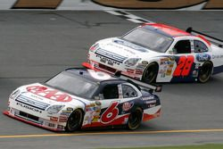 David Ragan et Travis Kvapil