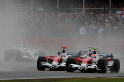 Timo Glock, Toyota F1 Team, TF108 ve Jarno Trulli, Toyota Racing, TF108