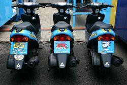 Scooters de servicio Suzuki