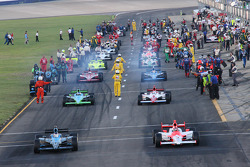 Helio Castroneves and Danica Patrick lead the field to pace laps