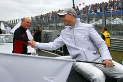 Ralf Schumacher, Mücke Motorsport AMG Mercedes, shakes hands with Dr Wolfgang Ullrich, Audi's Head o