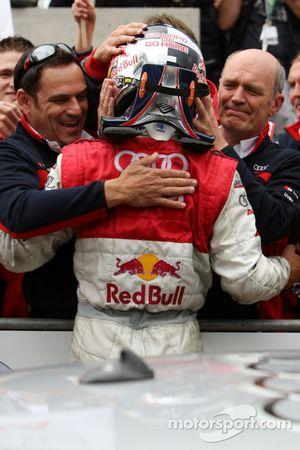 Race winner Mattias Ekström celebrates with Hans-Jürgen Abt and Dr. Wolfgang Ullrich