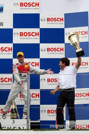 Podium: constructor trophy to Audi Sport