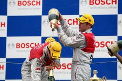 Podium: champagne for Tom Kristensen and Timo Scheider