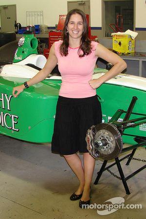 Ana Beatriz at the Sam Schmidt garage in Indianapolis
